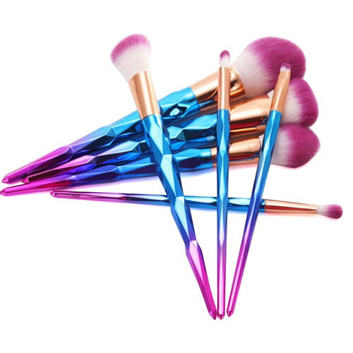 Professional-7-Pcs-Rainbow-Gradient-Diamond-Makeup-Brushes-Set_5.jpg
